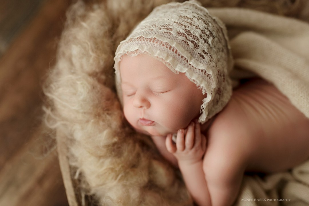 Baby Annabella | Chicago, Northbrook Family Newborn Photographer